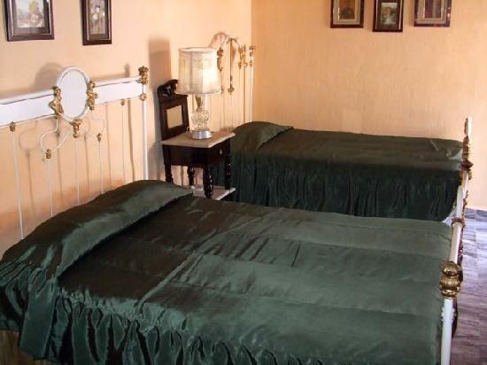 Hostal Maria y Enddy: Room 1