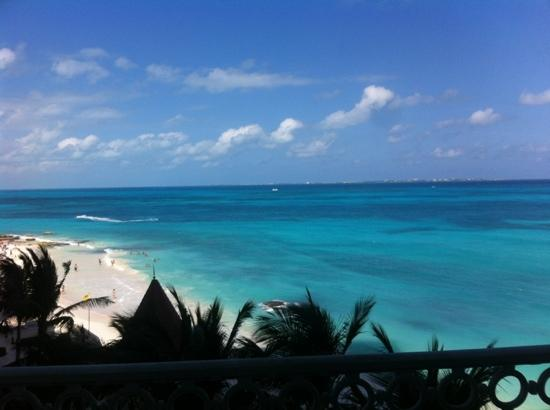 Hotel Riu Cancun: Vue de la chambre