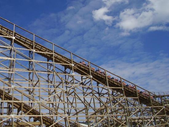 Bay Beach Amusement Park: Zippin Pippin Roller Coaster