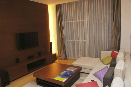 Shama Sukhumvit Bangkok: Spacious and comfortable living area