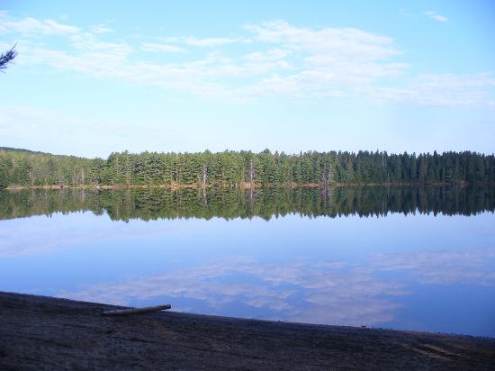 Pog Lake Campground: Reflections