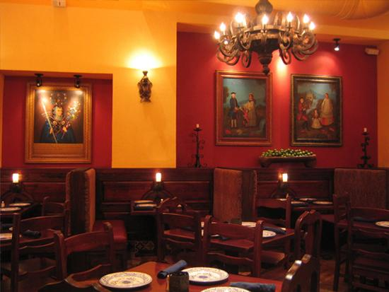 Join the Happy Hour at Colibri Mexican Cuisine in San Francisco, CA 94102