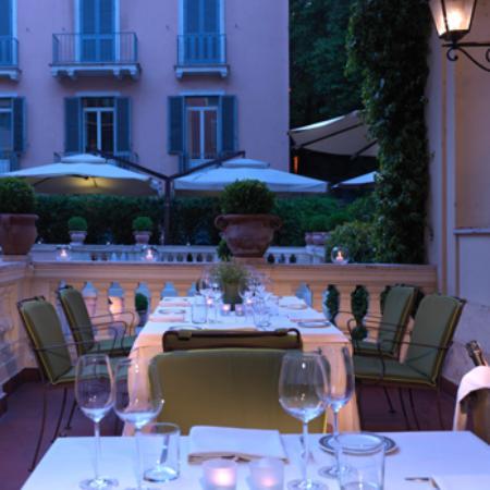 Le jardin de russie rome campo marzio restaurant for Hotel le jardin 07700