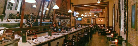 Royal House Oyster Bar
