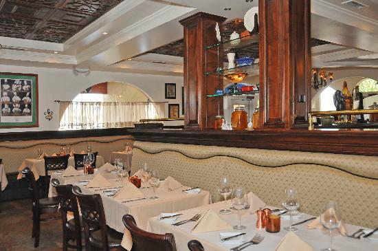 La Brasserie Bistro & Bar: A view from inside