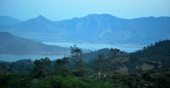 Paradise Cove Lodge: Lake Isabella