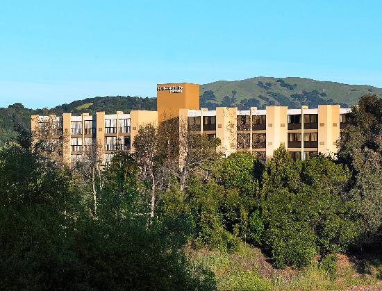 Four Points by Sheraton San Rafael: Set in the Rolling Hills of San Rafael