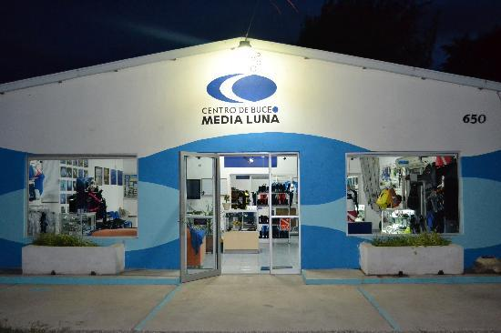 Media Luna School of Diving