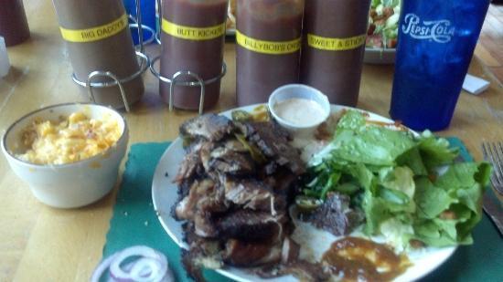 Billy Bob's BBQ: Tender Smoky Brisket with Homemade BBQ Sauces!!!
