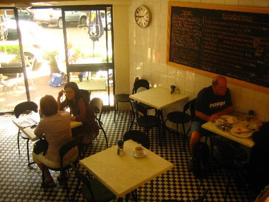 Hotel 59: cafe