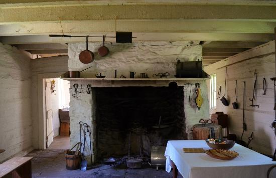 Sully Historic Site: Kitchen/Outbuilding