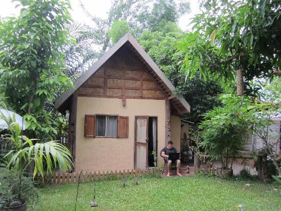 Khoum Xiengthong Guest House: private house for $10!!!
