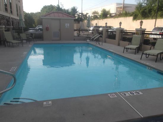 Holiday Inn Express Stone Mountain: Pool