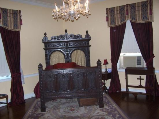 Ormond Plantation Manor House: Another bedroom for guests