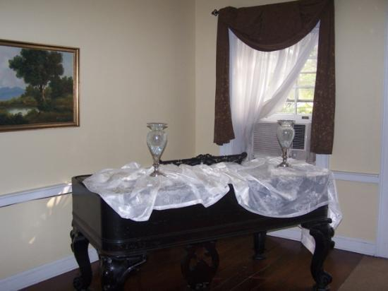 Ormond Plantation Manor House: Piano in the corner of the living area downstairs