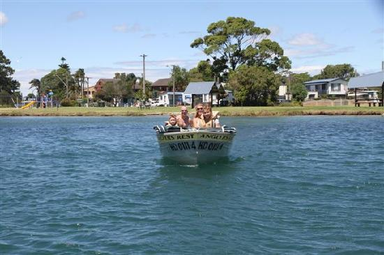 Angler's Rest: Boat Hire Available