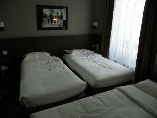 Hotel des 3 Poussins: Room #106