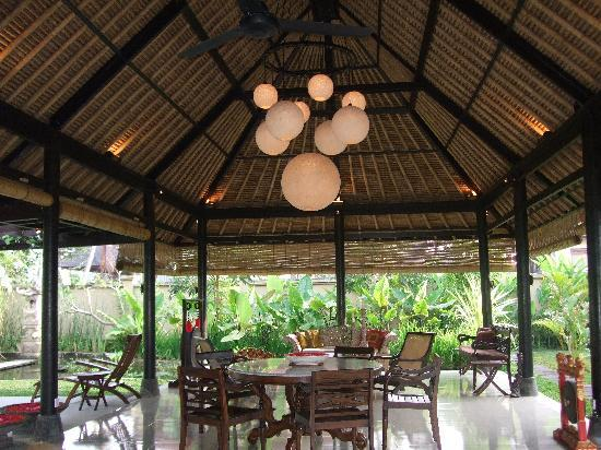Villa Puri Darma Agung: Restaurant