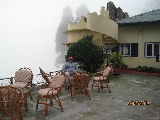 Windamere Hotel: Another outdoor sitout.