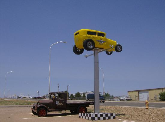 Route 66 Auto Museum: look for the yellow hot rod  by the road