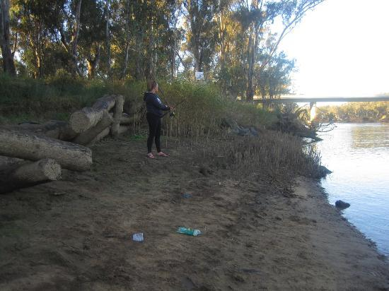 Rivergum Holiday Retreat: Fishing from our campsite