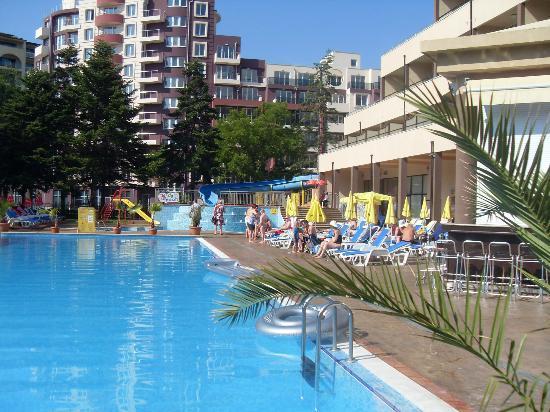 Laguna Park Hotel: POOL