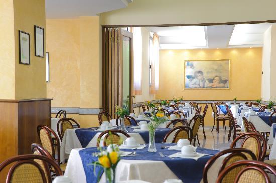 Hotel Petrarca : sala pranzo