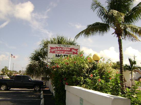 بريكاواي إن: The best place to stay in Lauderdale by the Sea! 