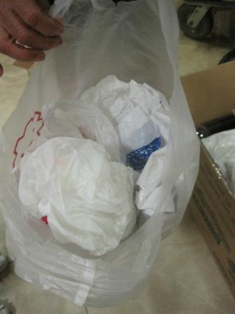 BEST WESTERN Lanai Garden Inn & Suites: Items stuffed in a radom plastic bag