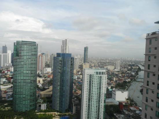 Joya Lofts & Towers: Daytime view of Makati Skyline