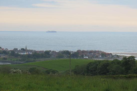 Bilton Barns: Northumberland coastline at Alnmouth
