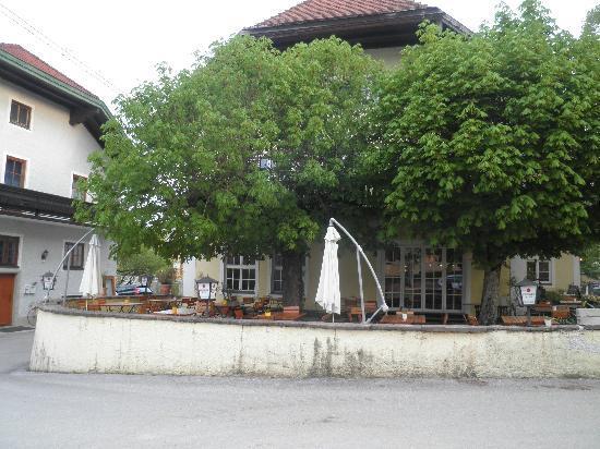 Gasthof Neumayr: Gastgarten