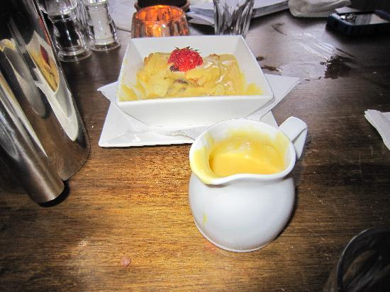 Falcon Inn Pub : Bread and Butter Pudding - Awesome