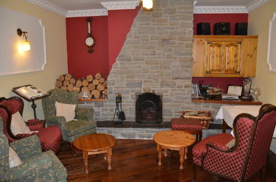 19th Green Killarney: Sitting area