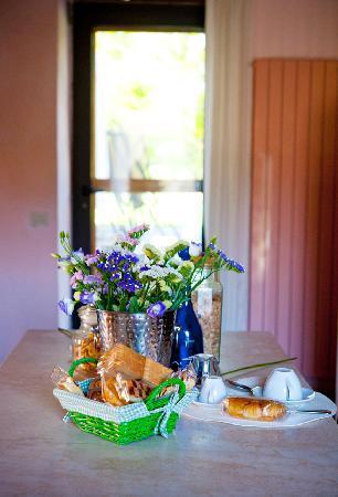 Casale Fonte Vetriana B&B: cucina