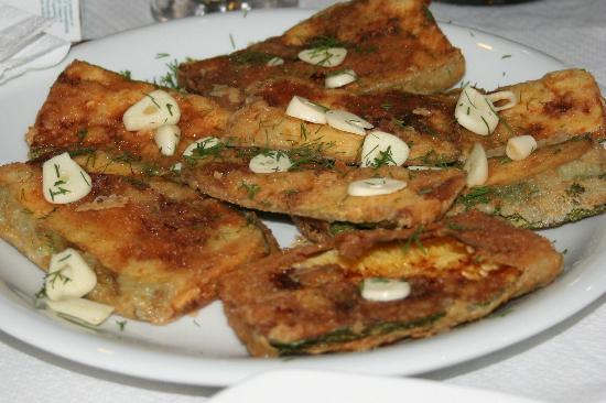Perama Studios: Fried zucchini