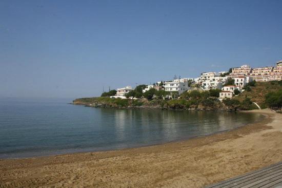 Karanasos: Beach in front of hotel