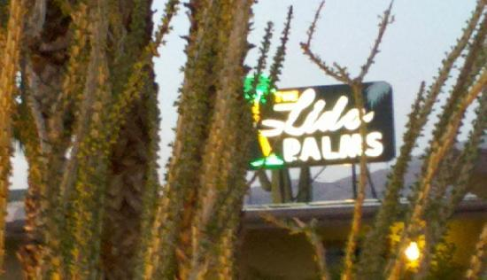 Lido Palms Resort and Spa: Retro Neon Sign