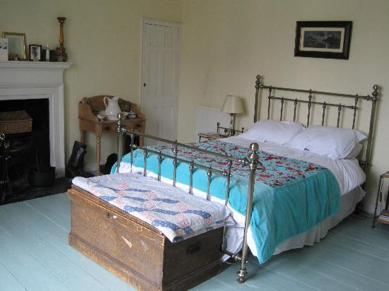 Bathwick Street B & B: Big comfy bed