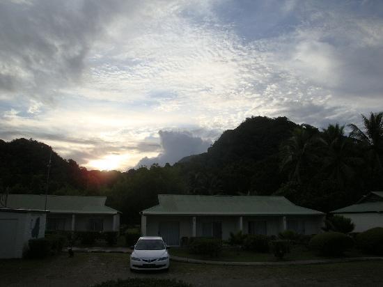 Kosrae Nautilus Resort: Hotel im Morgengrauen
