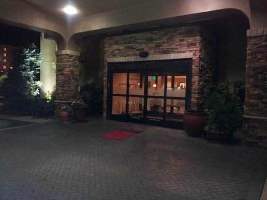 Hampton Inn Nashville / Vanderbilt: front entrance