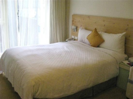 Dandy Hotel - Tianjin Branch : コンパクトながら、ゆったりできる部屋です。