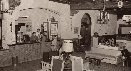 Holland Hotel: Historic Lobby