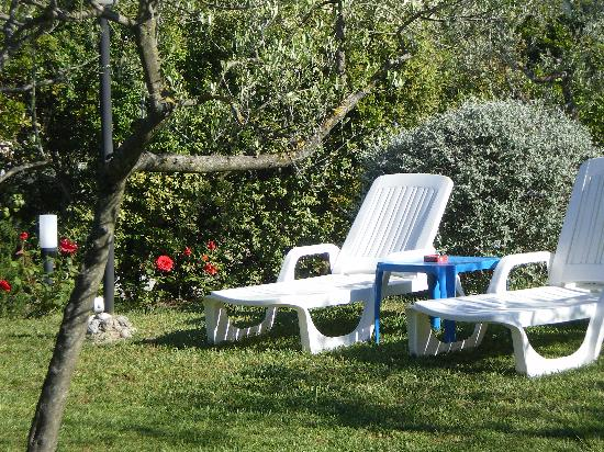Hotel le Volpaie: relax in the  garden