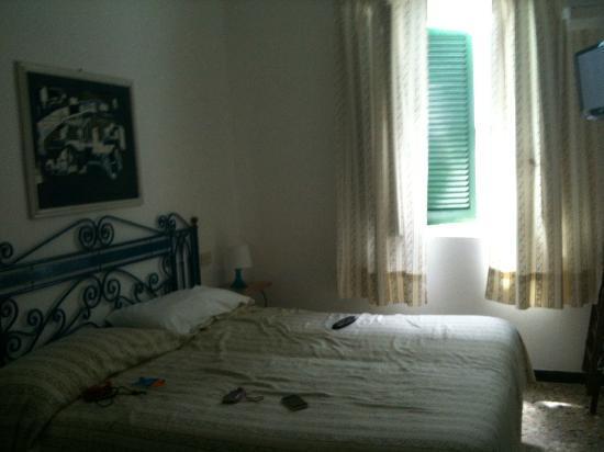 Hotel Mari: la camera