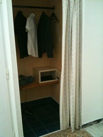 Hotel Mari: la cabina armadio :)