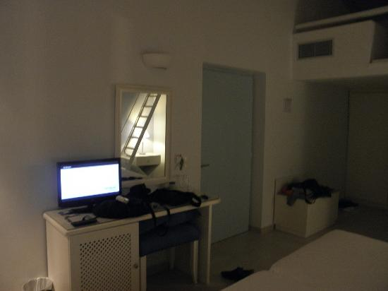 Kythira Golden Resort: room
