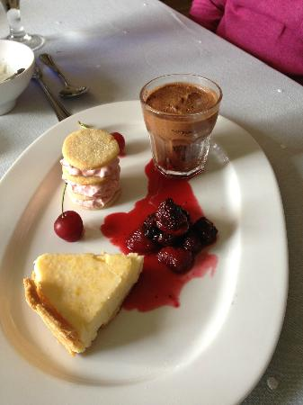 Greenway, UK: Assiette of Desserts, a nice surprise!