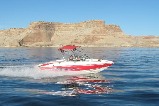 Big Water, UT: 2008 Rinker