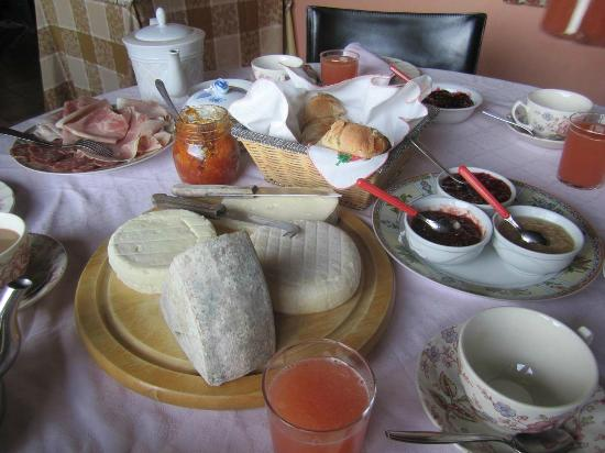 Cascina Cichetti : Breakfast